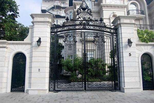 Quan tâm đến hướng cổng chính căn nhà